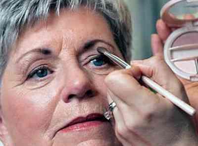 Макияж для карих глаз после 50 лет видео