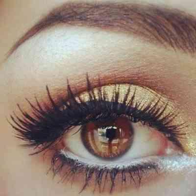 Нежный макияж для карих глаз на фотосессию